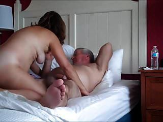 यौन संबंध रखने वाले परिपक्व युगल