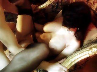 मोज़ा औरत परिपूर्ण titties स्टॉकिंग्स में fucks