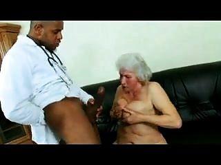 दादी मानदंड और डॉक्टर