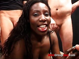 गर्म चॉकलेट जर्मन लड़कियां पहले किसी न किसी बकवास नंगा नाच