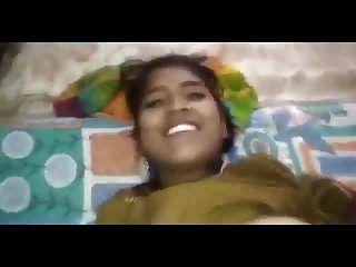तेलुगु प्रेमिका हो रही गड़बड़