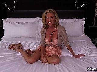 खूबसूरत बड़े स्तन कौगर फूहड़ अपने मुर्गा पीओवी fucks
