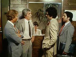 वांडा चाबुक दीवार सड़क (1982)