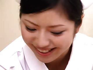 ये नर्सें आपकी अच्छी देखभाल करती हैं