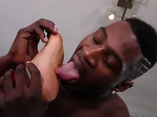 busty गर्ल जिम में सेक्स करती है