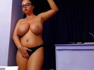 विशाल स्तन बीबीडब्ल्यू