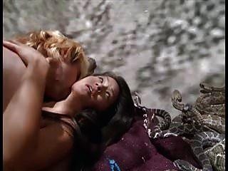 फ्लाईपैयर स्कैंडलपनेटकॉम में लुसी लिउ नग्न सेक्स दृश्य