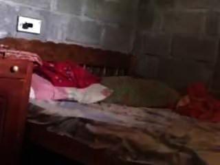 भारतीय परिपक्व मल्लू घर के मालिक चाची गड़बड़ युवा किरायेदार