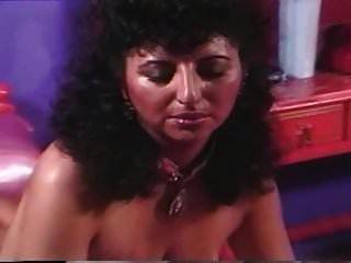 निक्की राजा विंटेज saggy स्तन