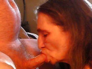 मेरे मम्मों को चूसते हुए मेरा मुँह उसके लंड को चूसने लगा
