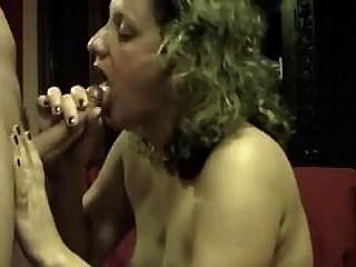 मुंह में शौकिया पत्नी सह