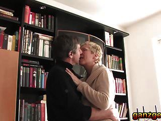 जर्मन पुराने सींग का बना योनी के लिए गर्म और कट्टर शौकिया बकवास