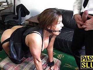 बड़े titted एमआईएलए सिएना हडसन उसके गले और योनी बकवास हो जाता है