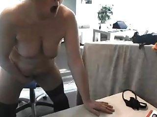 सेक्सी फूहड़ परिपक्व गैर रोक फुहार