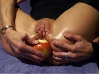 सेब डालने का कार्य