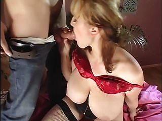 विशाल नरम saggy स्तन मोज़ा में गड़बड़