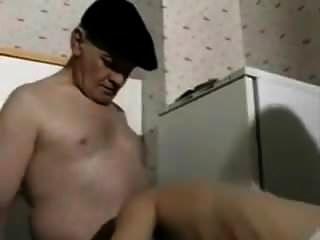 दादाजी bisex चला जाता है