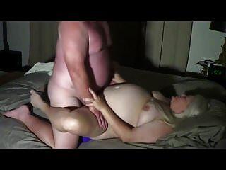 पति पत्नी को चोदता है