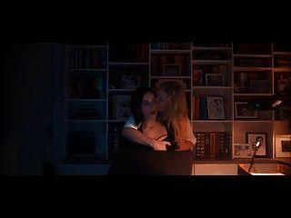 स्टेला ब्लोमविस्ट s01e06 में हेइडा समलैंगिक दृश्य