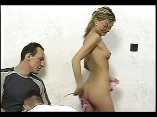 bisex प्रतिभाशाली लड़की dble चूसना और dble vag.mp4