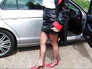 महिला आकर्षक जगुआर