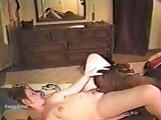 एक गर्भवती लड़की कमबख्त। देर से बाहर खींच रहा है