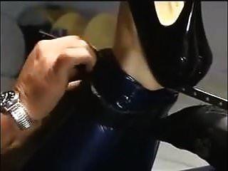 कमबख्त मशीन के लिए hogtied
