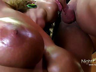 सेक्सी सुसी विलग रत्नचट