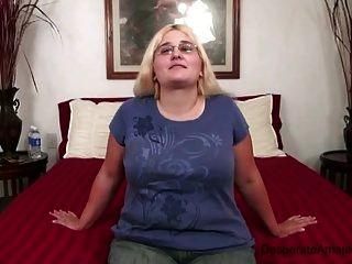 कास्टिंग नर्वस हताश एमेच्योर संकलन एमआईएलए किशोर bbw