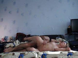 बिस्तर में मेरी गर्म गोरा प्रेमिका कमबख्त