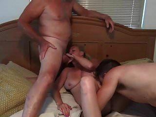 माँ के साथ सेक्स करने का अभ्यास