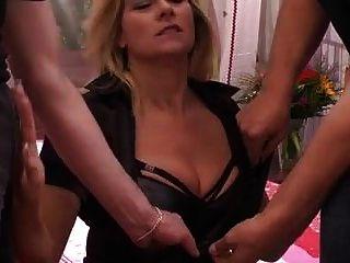 मरीना मोंटाना जर्मन बड़े saggy स्तन डीपी गुदा मोज़ा