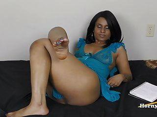 सींग का बना हुआ पैर काम (तमिल)