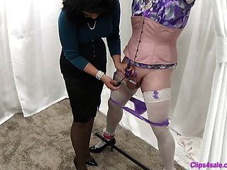 मालकिन महिलाओं का दबदबा बहिन पैंटी दुहना handjob