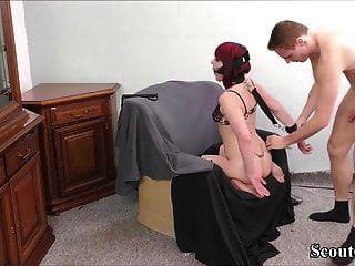 जर्मन शौकिया युगल घर का बना बीडीएसएम बंधन में बकवास