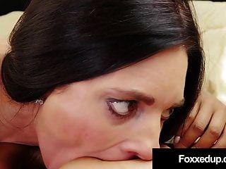 परिपक्व प्रेमी मिंडी मिंक ने आबनूस राजकुमारी जेनना फोक्सक्स को निर्देश दिया!