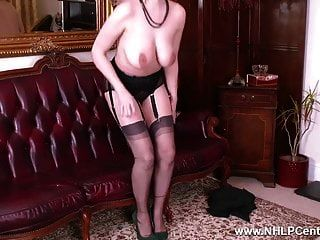 बड़े स्तन श्यामला wanks रेट्रो नाइलन के मोज़े gililos