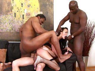 किशोर गैंगबैंग 4 पुरुषों कट्टर और मोटा बड़ा लंड द्वारा गड़बड़