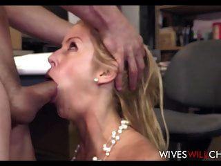 गर्म बड़े स्तन धोखा पत्नी एलेक्सिस fawx सेक्स के साथ नए किराया