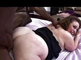 हे सेक्सी कुछ बीबीसी चूसना चाहते हैं?