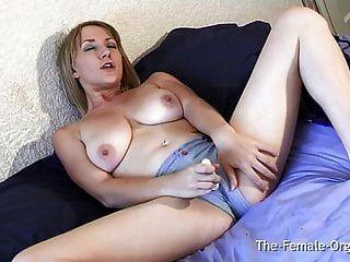 मादा लड़कियां पैंटी गीला स्थान और संभोग सुख
