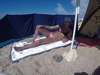 la portugaise a la plage