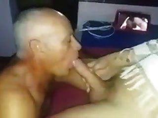 tiozinho chupando a rola de patricia carvalho