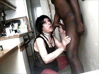 लार्का नंगे पाँव और बीबीसी द्वारा क्रीमयुक्त
