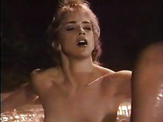 1 (1993) चिह्नित