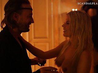 जेनी एडनर नग्न बिल्ली scandalplanetcom पर blowjob के दृश्य में