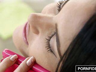 पॉर्नफिडेलिटी नाचो वाइडल पाउंड एपोलोनिया की तंग योनी