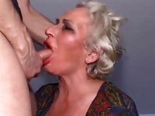 दादी आदर्श चेहरा बकवास!