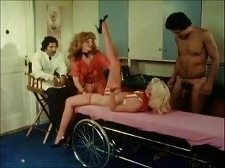 गोरी नेक्स्ट डोर (1982)