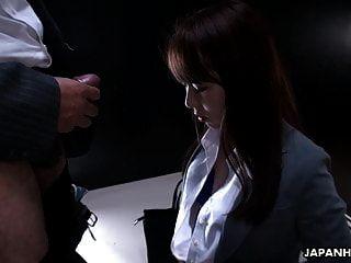 slutty जापानी लड़की yui hatano मुश्किल बालों बकवास छड़ी चल रही है